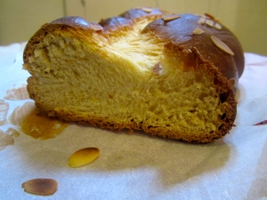 Tsoureki, Greek Easter bread