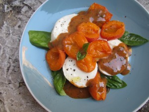 Roasted Apricot Caprese with Pomegranate-Chipotle Sauce