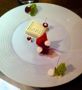'Bau.Stein' (pistachio, red flavors, yogurt)